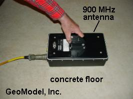 900-MHz GPR for shallow void location